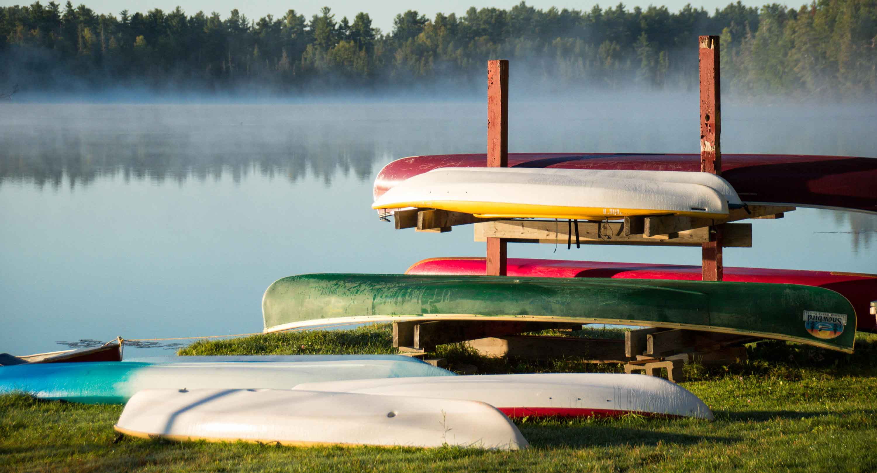 activities, canoes, lake, cottage, amenities, snowbird summer haven resort, white lake, Ontario, Canada